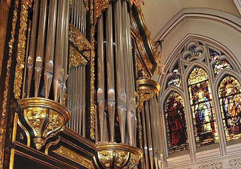 Música de bodas con órgano
