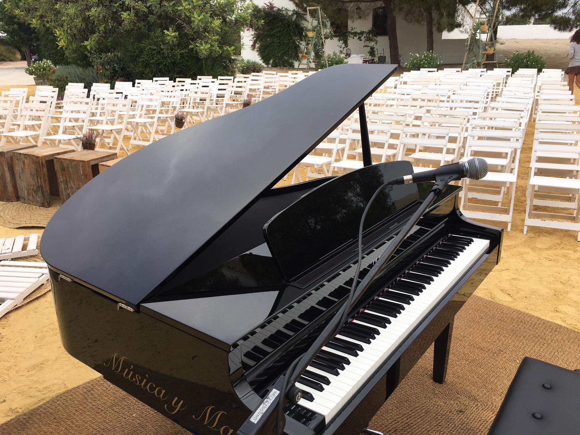 Alquiler de piano en Córdoba