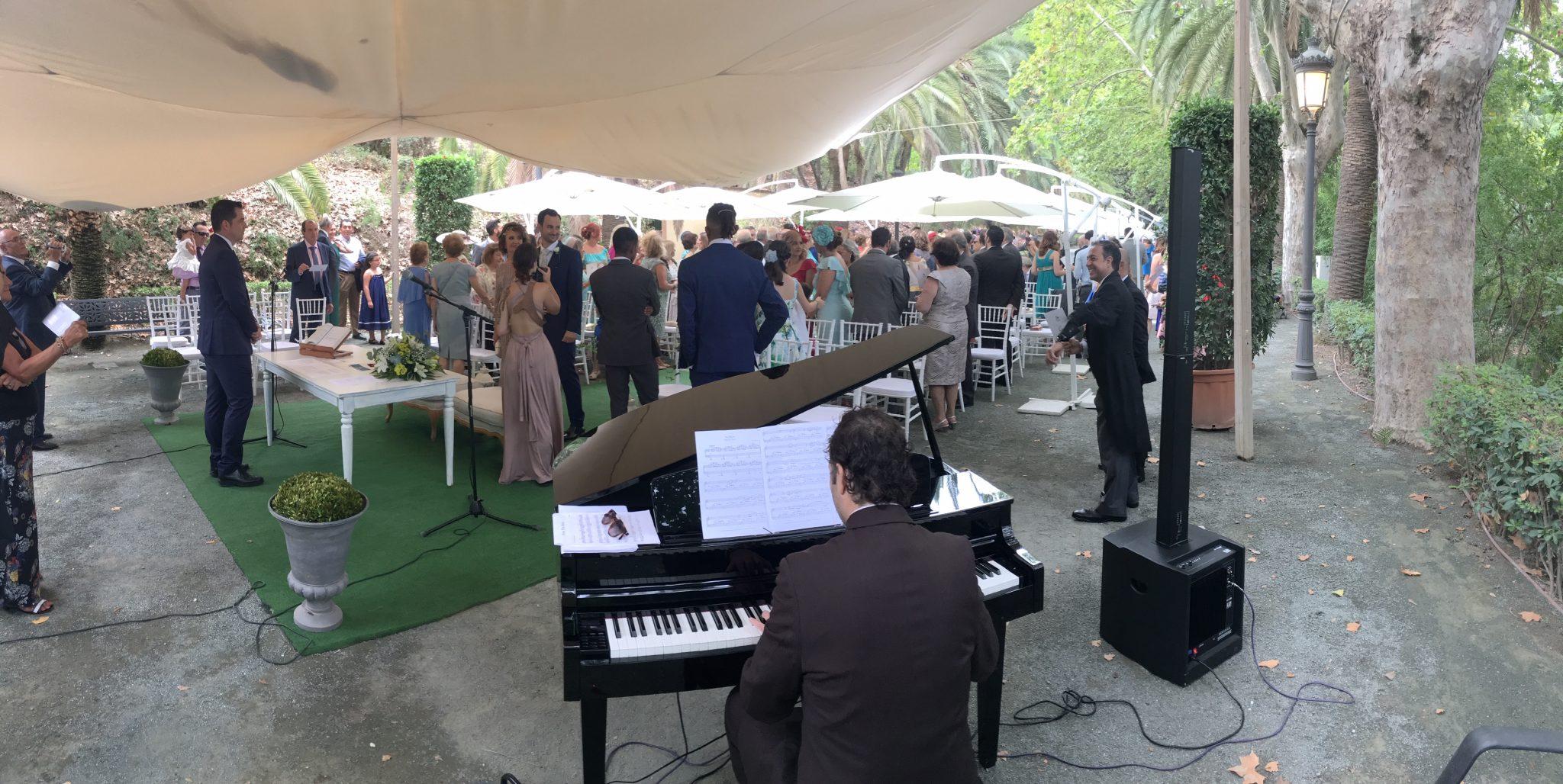 Boda con piano en el jardín botánico málaga