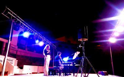 Laura Gallego – Copla con Piano